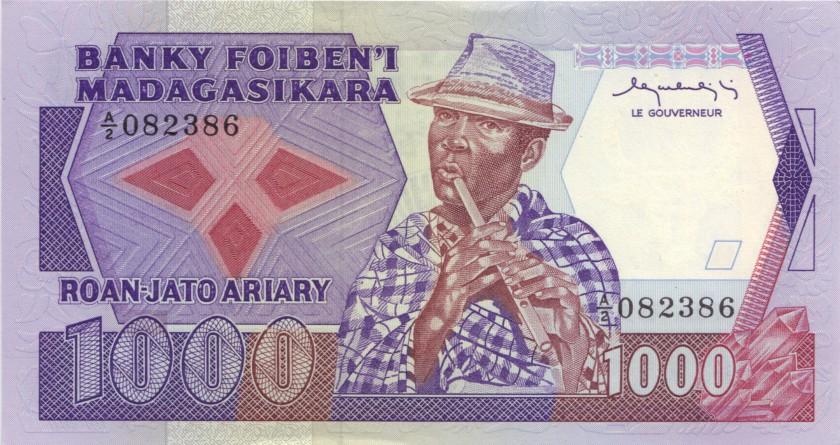 Madagascar P68a 1.000 Francs (200 Ariary) 1983-1987 UNC